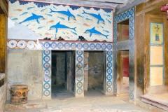rs-knossos-dolphins